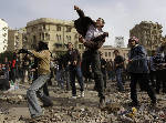 Cairo square protest violence intensifies