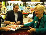Photo: Mike Huckabee visits Cleveland