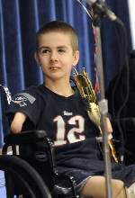 Maine boy without hands honored for penmanship