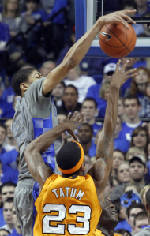 Wiedmer: UK center swats away any hope of UT victory