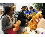 Red Bank High School students offer 'hugs'  to kids in distress