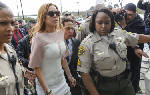 Lohan accepts plea deal with 90 days in rehab