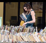 Book lovers flock to Chattanooga Library's sale in Eastgate Town Center