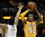 'Good looks' leading to good 3s for UT Vols senior guard Jordan McRae