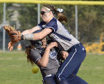 Walker Valley's Lady Mustangs clip Lady Trojans in seventh