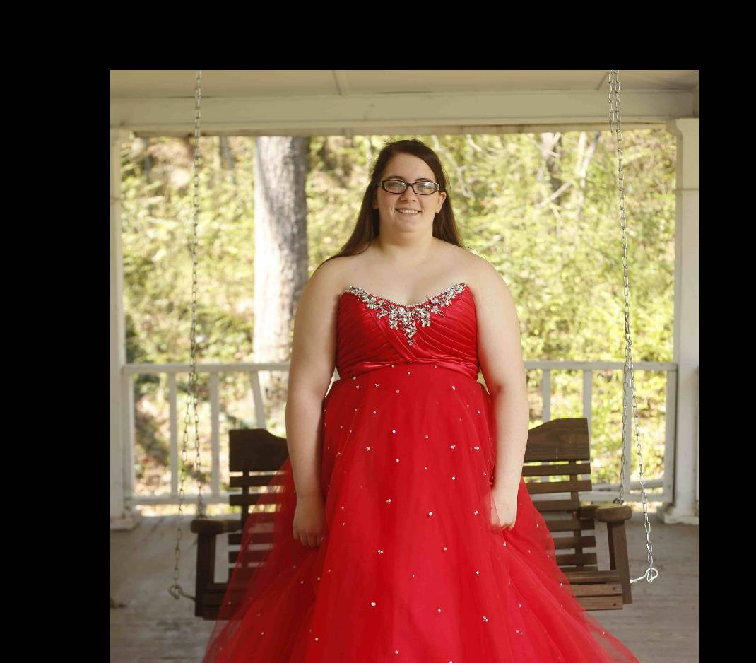 Plus-size prom: Finding dresses in larger sizes is an exercise in ...