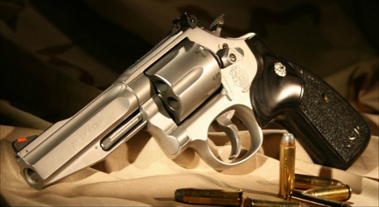 New Tennessee law allows gun owners to keep loaded firearms in vehicle ...
