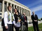 Appeals court takes up Tennessee same-sex marriage case