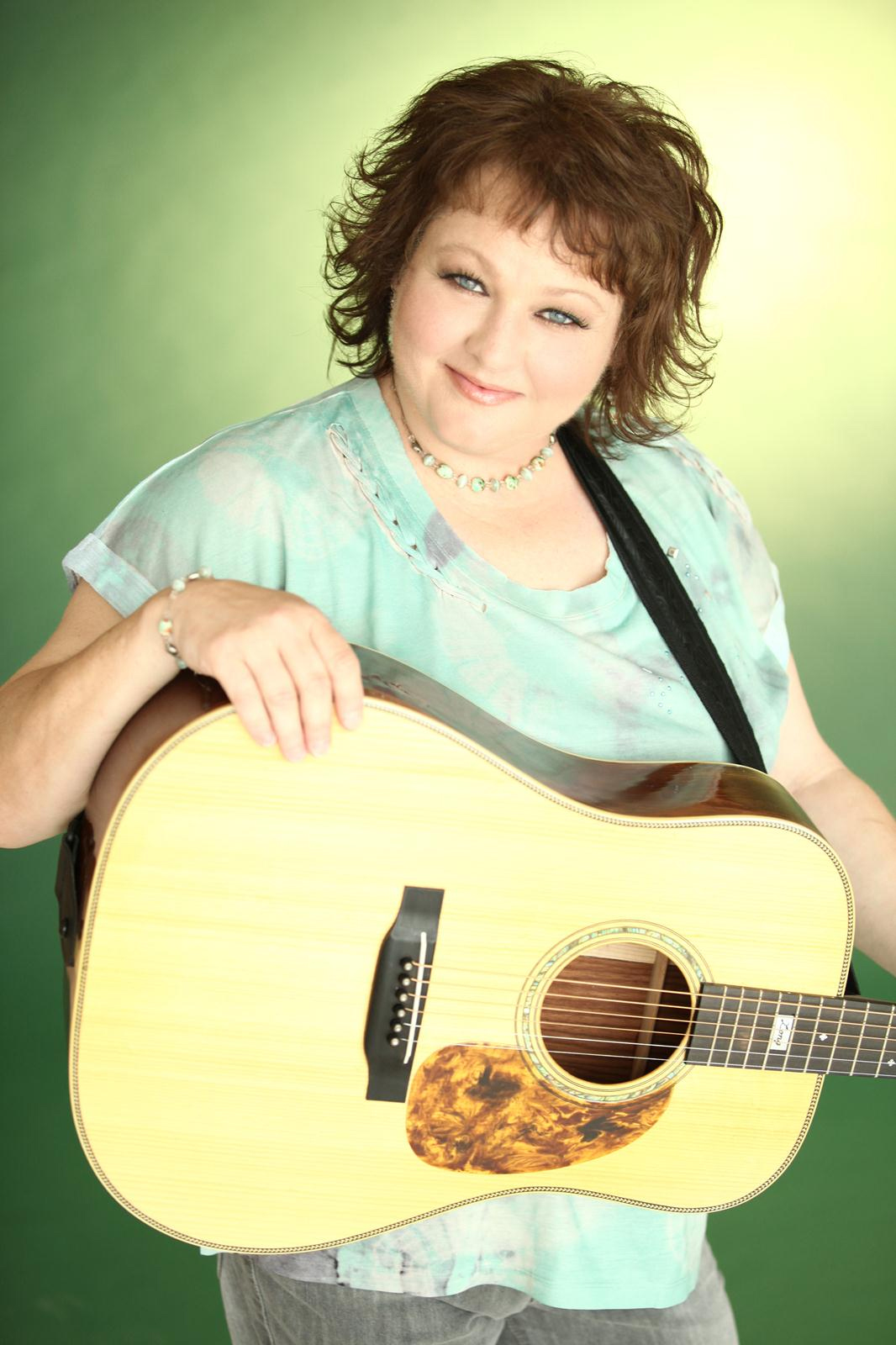 Dale Ann Bradley In Concert On Signal Mountain Oct 10