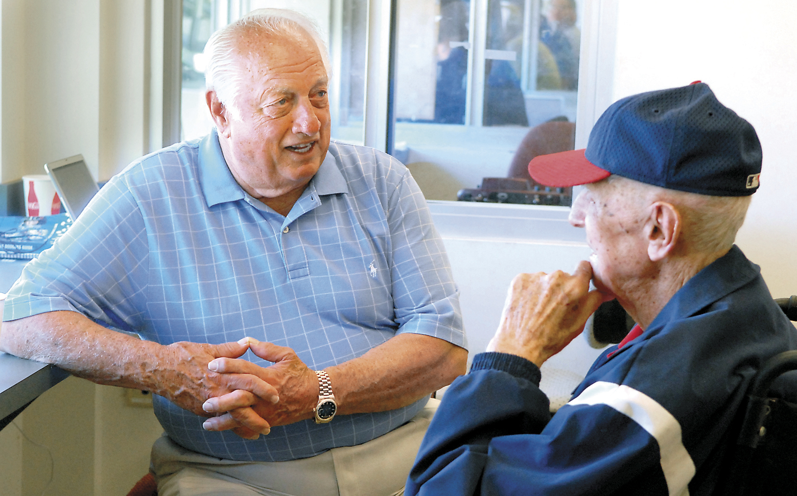 Living Legend Tommy Lasorda In Chattanooga To See Lookouts Chattanooga Times Free Press