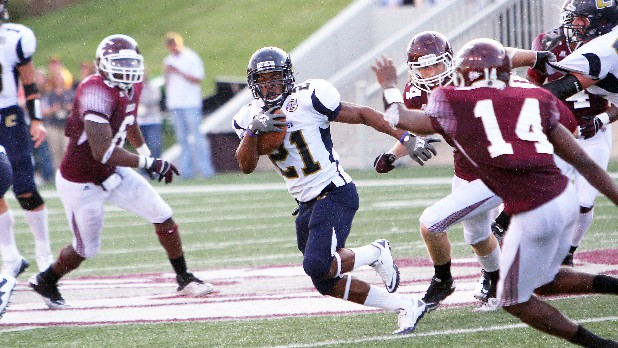 Moc's Marquis Green runs the ball in action against Eastern Kentucky at Richmond.