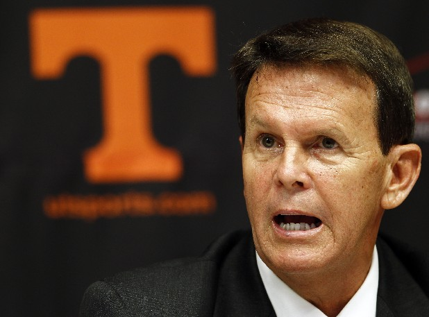 Tennessee athletic director Dave Hart