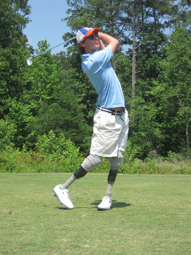 Jordan Thomas, former McCallie golfer, practices at Bear Trace Golf Course for a potential run at the 2016 Paralympics.