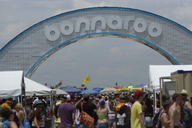 The giant Bonnaroo arch serves as the main entrance gate for campers entering into Centeroo. In addition to the live music, Centeroo is home to a volleyball pit, giant water slide, a giant ferris wheel, a shopping area and food area.