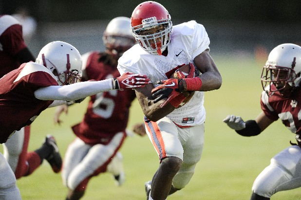 Brentwood Academy running back Jalen Ramsey powers past the Maplewood defense for a touchdown.