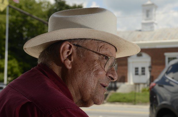 Local historian Bill Barker talks about the early days of Summerville, Ga.