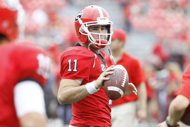 Georgia quarterback Aaron Murray warms up.