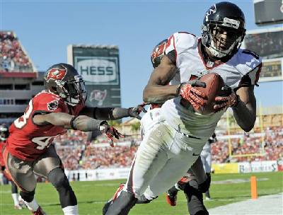 c01ab1cbcc7 Falcons overcome mistakes to beat Buccaneers 24-23 | Times Free Press