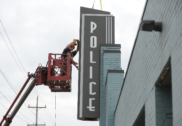 new chattanooga police station sports art decostyle sign