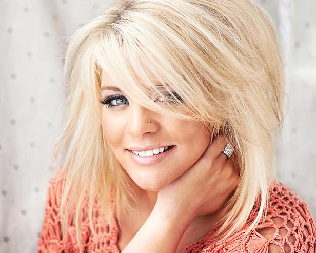 Short Hair Female Country Singers - newhairstylesformen2014.com