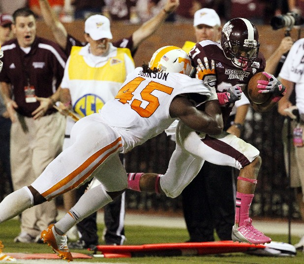 Linebacker A.J. Johnson (45) led the SEC in tackles as a sophomore. He is expected to play in the middle of the Vols' 4-3 defense in the upcoming season.