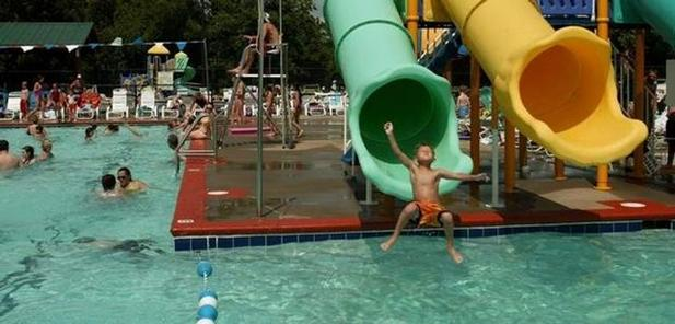 Williamson County Parks and Recreation pool in Franklin in 2005.
