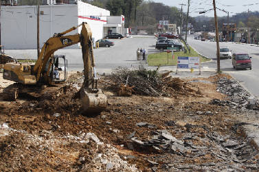 Breathing new life into Red Bank: New shopping center under