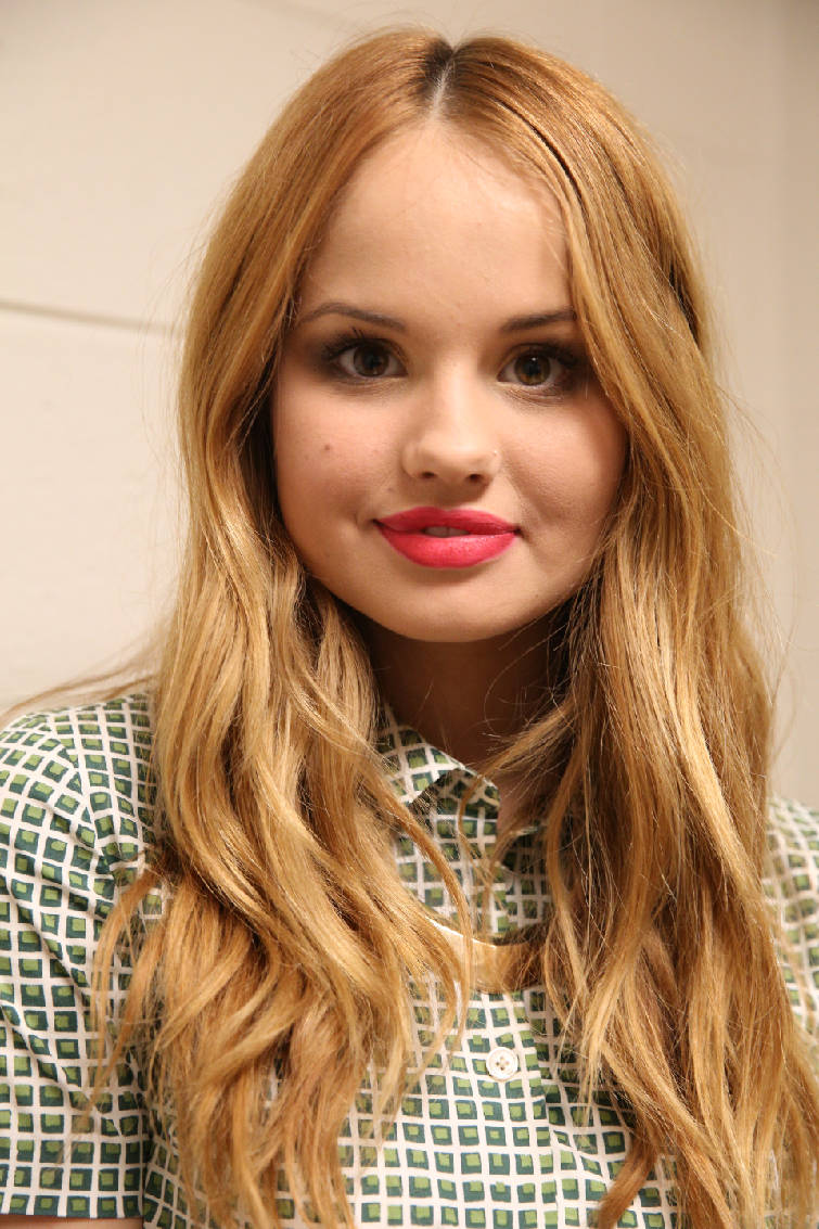 Jessie star debby ryan a hit with teens at chattanooga kidz expo jessie star debby ryan a hit with teens at chattanooga kidz expo m4hsunfo