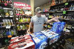 Bill to cap Tennessee liquor store ownership headed to Gov. Haslam's desk