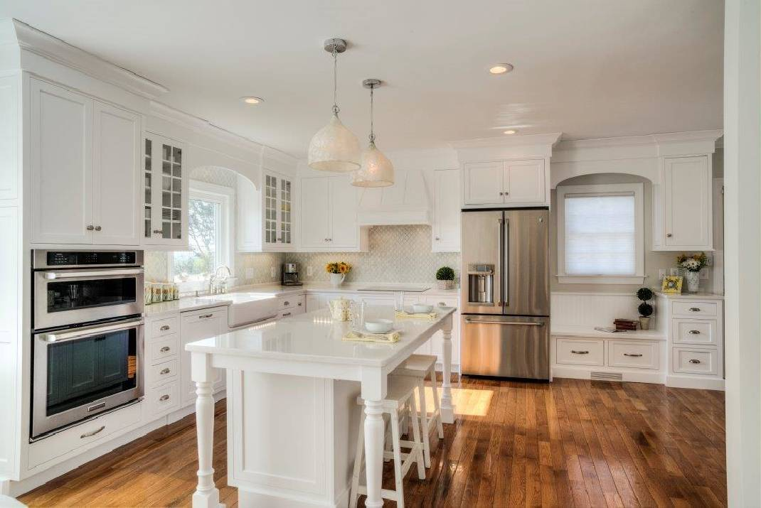 Although More Than 70 Percent Of Kitchens Remodeled In 2014 Were Done In  White, Author Brian Wansink Advises Against A White Kitchen Due To What He  Believes ...