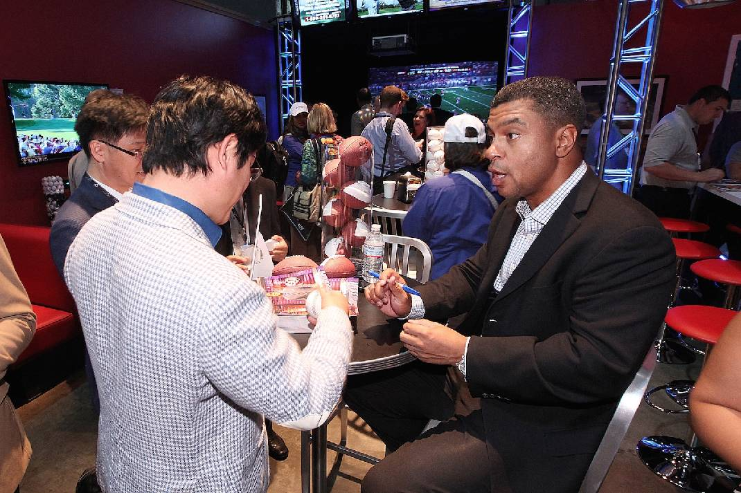 How Two Chattanooga Dudes Got A Beer With Espn Sportscenter Anchors Chattanooga Times Free Press
