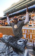 Claim that tune: Tennessee found inspirational song last season; Georgia still looking