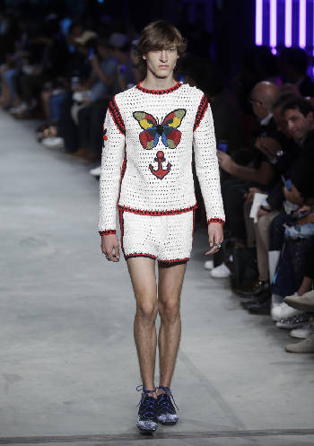6cac80d332c A model wears a creation for Gucci men s Spring-Summer 2016 collection