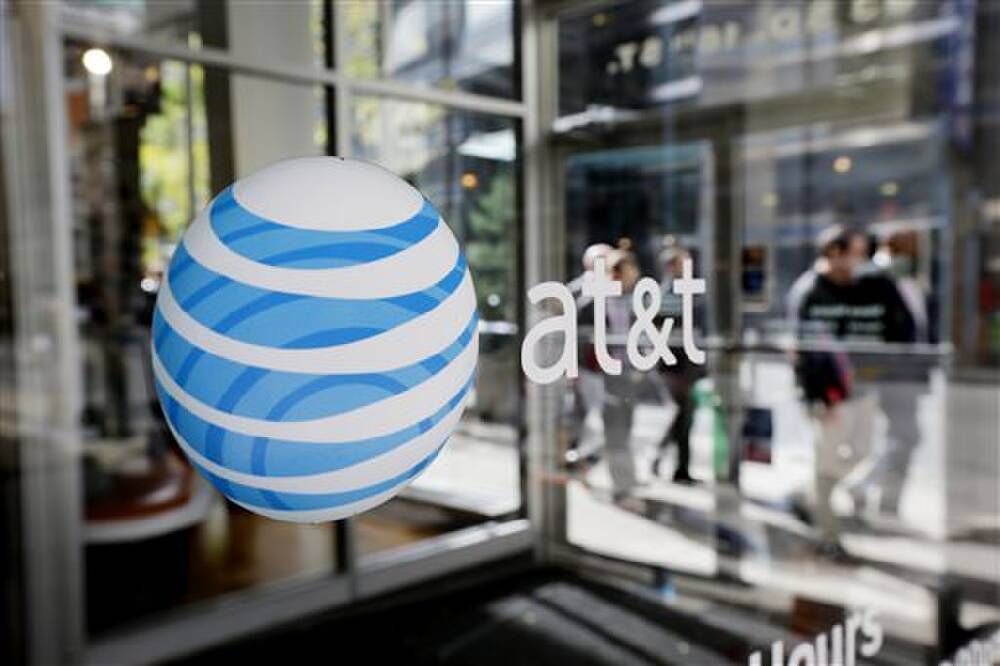 AT&T says wireless phone service restored for Southeast ...