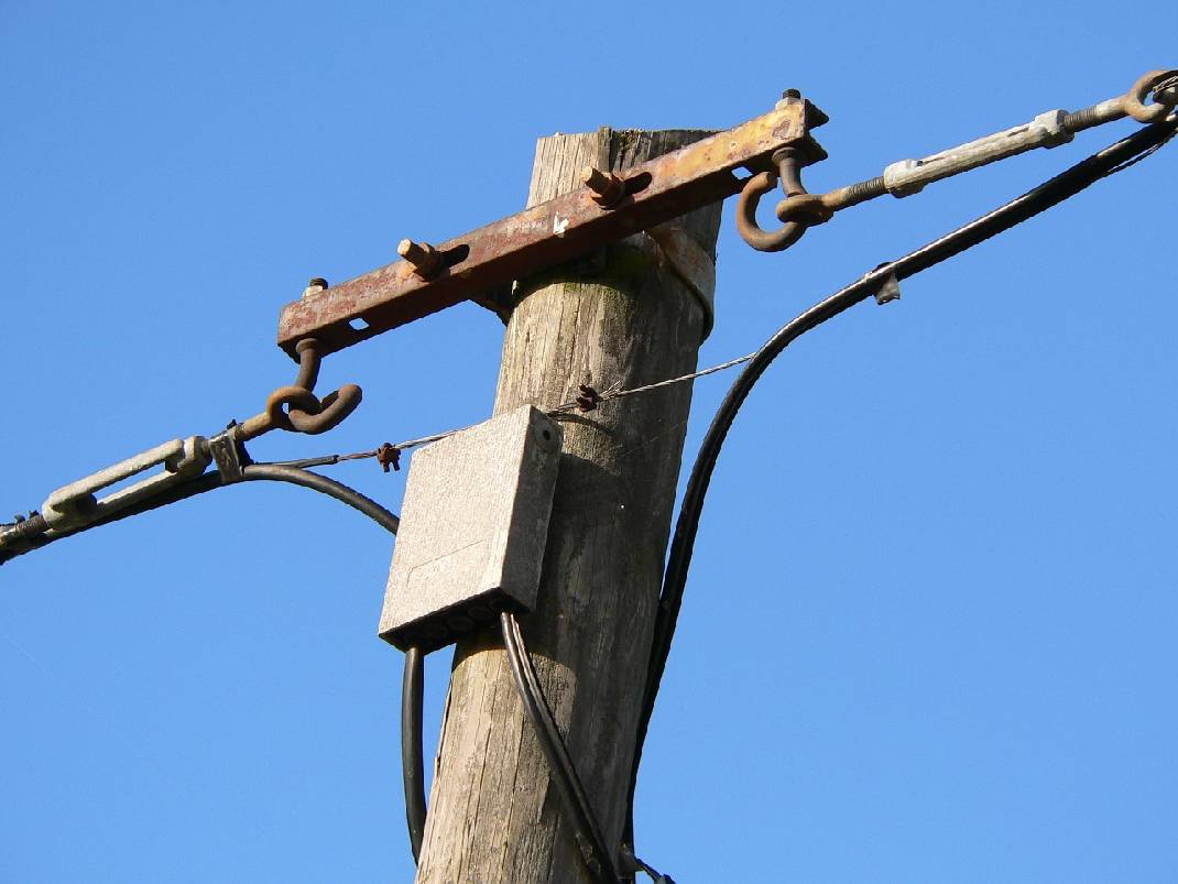 Someone\'s been stealing telephone pole wires in Meigs County | Times ...