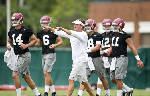 Alabama a long way from knowing its offensive identity
