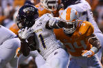 Kirkland settling into 'complex situation' as Tennessee's middle linebacker