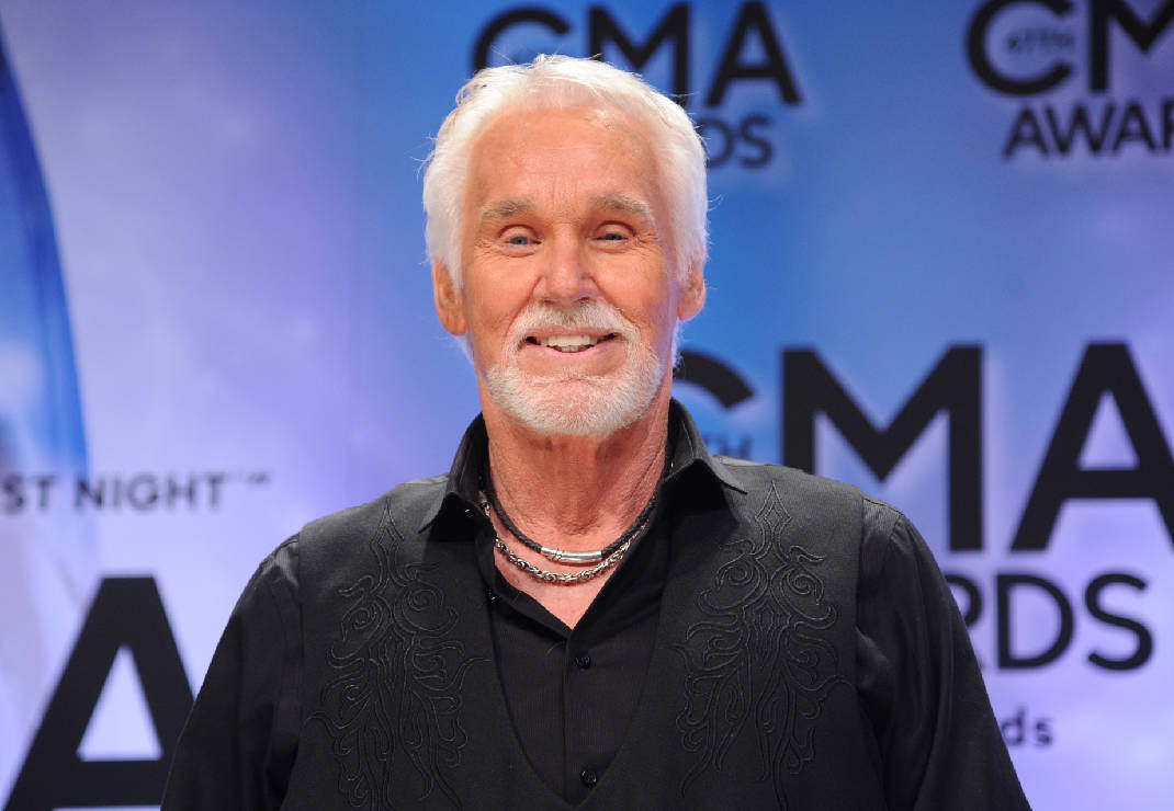 Kenny Rogers announces retirement from touring | Times Free Press