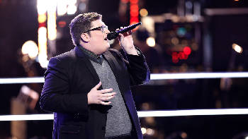 Smith unseats Adele from top of iTunes chart following 'Voice
