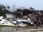 Apparent tornadoes hit Florida, Mississippi; damage reported