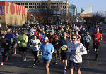 Runner battling cancer defeats own expectations in Chattanooga half marathon