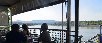 Six Places In Chattanooga To Dine On