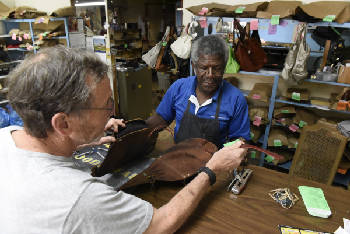 Downtown Chattanooga's last shoe repair shop closing | Times