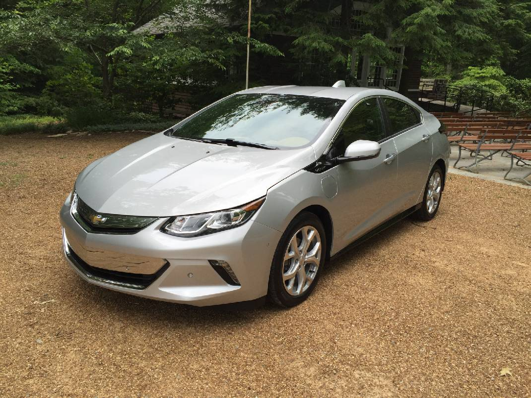 Test Drive 2017 Chevy Volt Full Review