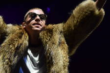 Revamped Riverbend Festival lineup includes Weezer, Lionel Ritchie, Macklemore as headliners