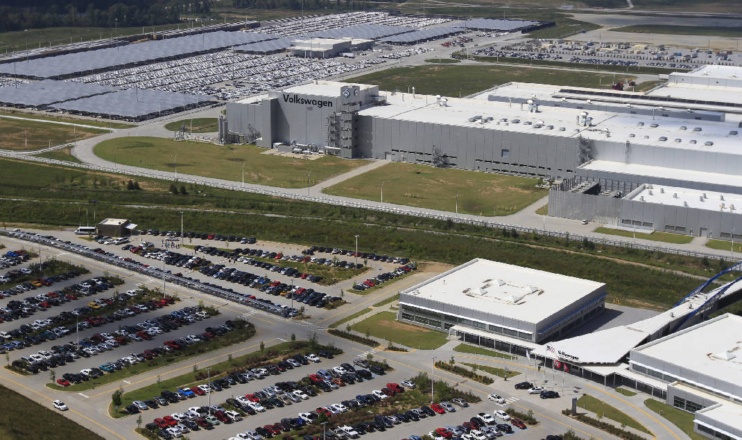 VW Golf Electric >> VW looks to fill Chattanooga plant with new production ...