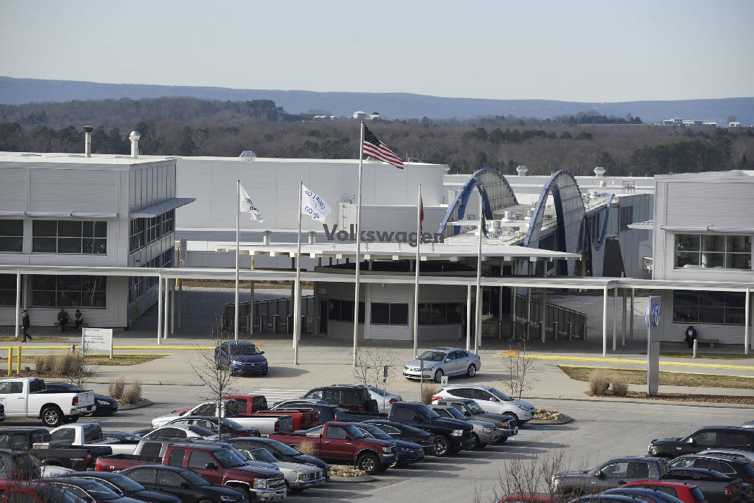 Volkswagen Chattanooga Jobs >> Vw Chattanooga Career Fair Attracts Big Crowd Of Job Seekers