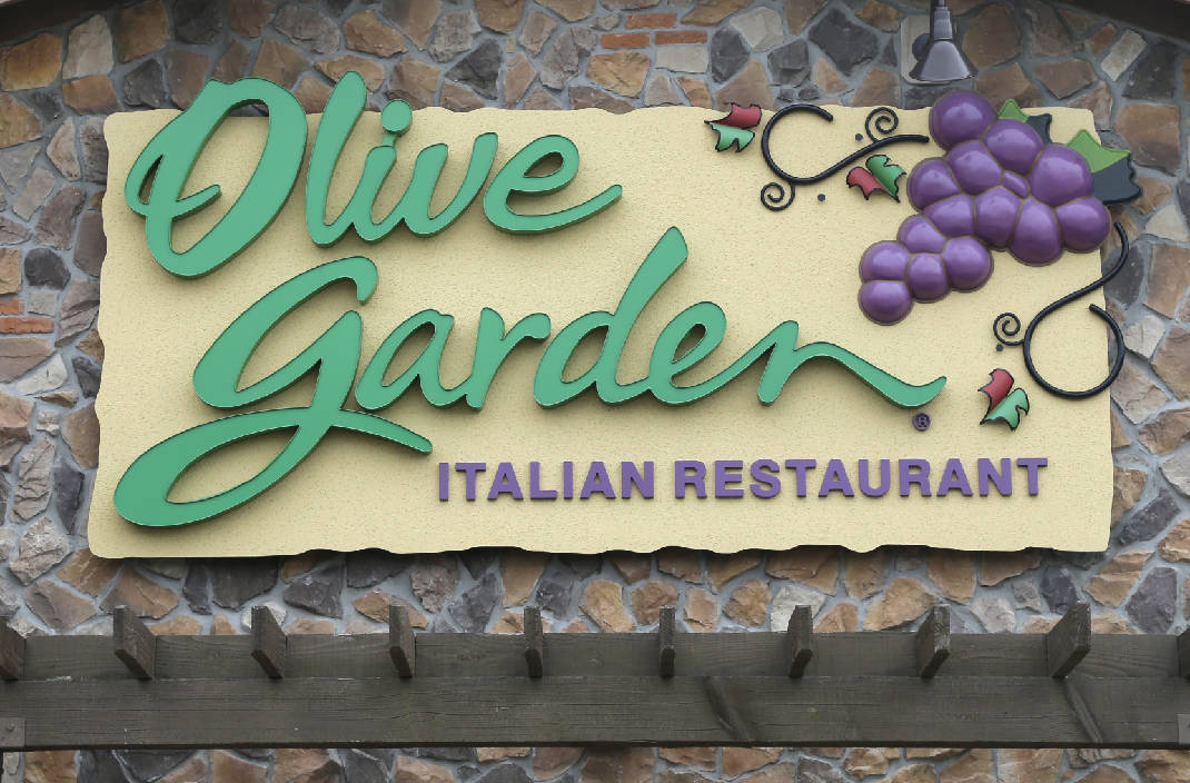 cleveland tenn olive garden shuts down after employees sickened by hazmat incident times free press - Olive Garden Cleveland Tn