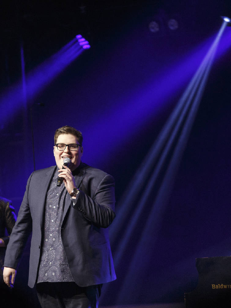 CMA Country Christmas' features Jordan Smith, Voices of Lee | Times ...