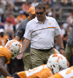 Vols' football assistant coaches connecting well [video]
